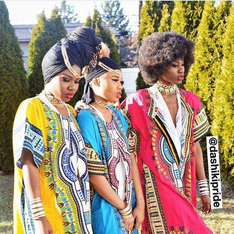 "FAMOUS ""DASHIKI"" PRIDE SISTERS CREATE FIRST AFROCENTRIC EMOJI KEYBOARD CALLED AFREEKMOJI"