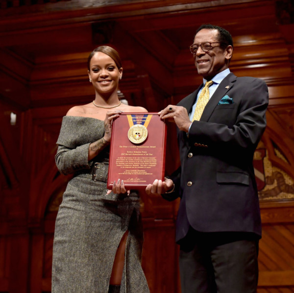 HARVARD FOUNDATION HONOURS RIHANNA AS HUMANITARIAN OF THE YEAR