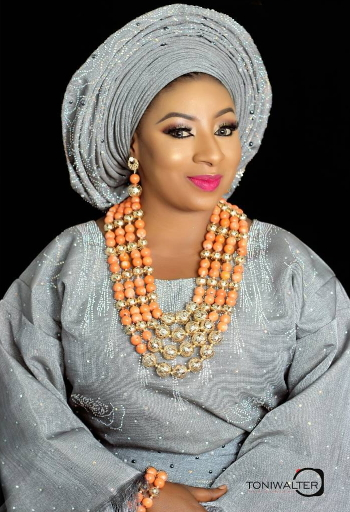 #OWAMBESATURDAY:THE MANY TIMES MIDE FUNMI MARTINS STUNNED IN ASO EBI
