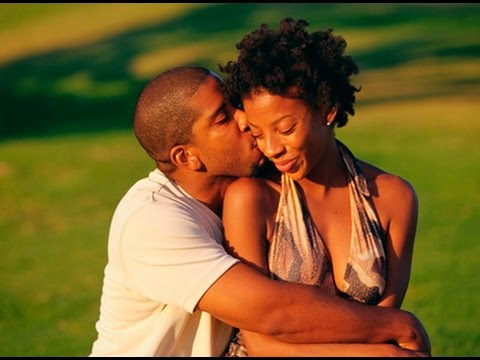 ENITAN FACOS : IS HE IN LOVE WITH YOU? HERE ARE 6 WAYS YOU CAN TELL