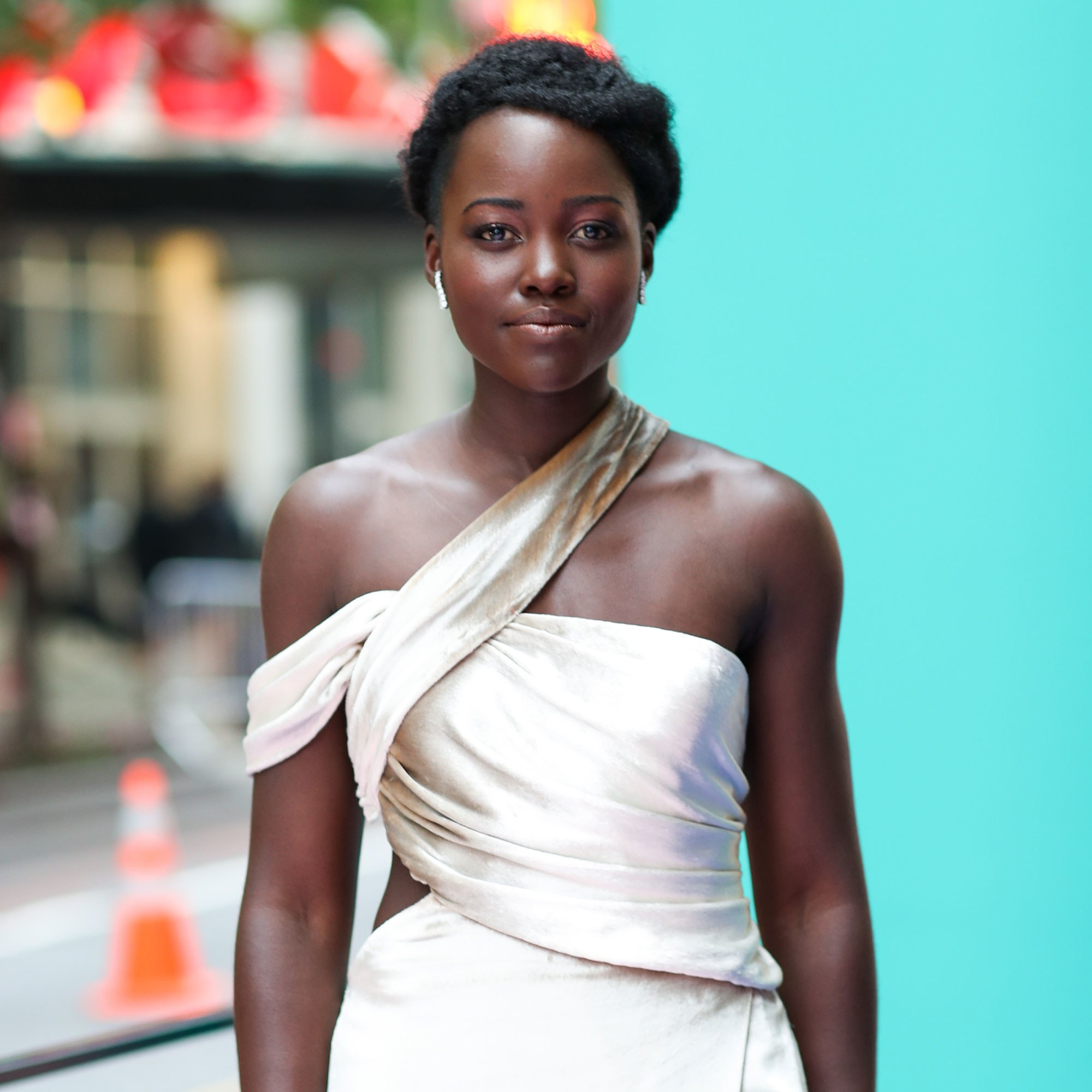 LUPITA NYONG'O CALLS OUT WOMEN MAGAZINE, GRAZIA, FOR EDITING OFF HER NATURAL HAIR