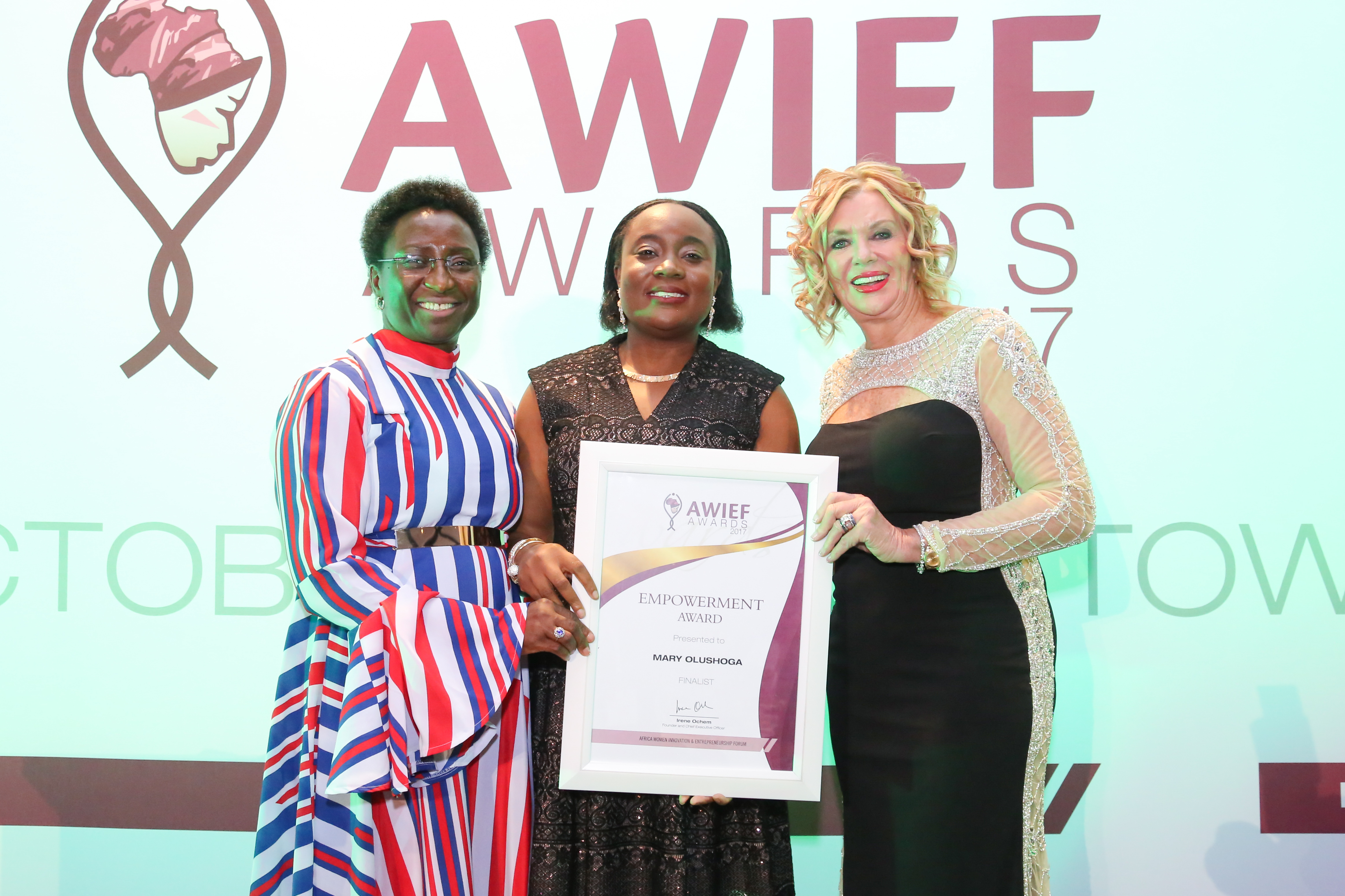 AWIEF 2017: MARY OLUSHOGA, FOUNDER OF AWP NETWORK WINS EMPOWERMENT AWARD