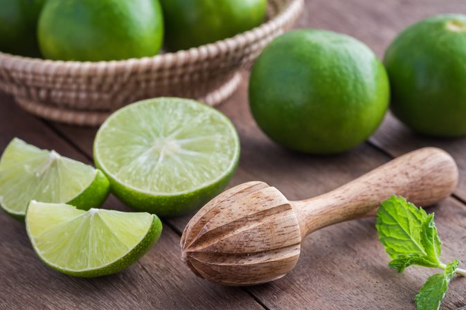 THREE WAYS TO ACHIEVE A CLEAR, BRIGHT FACE WITH LIME JUICE ...